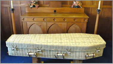 The Bredon coffin - solid oak or mahogany
